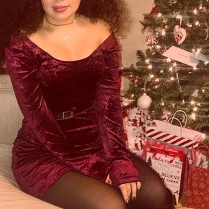 Rich wine velvet bodycon dress
